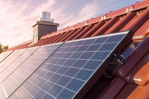 Panneaux photovoltaiques sur maison